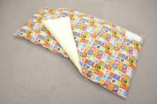 保育園お昼寝布団 手作りふんわりお子様に優しいお布団です。